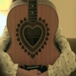 テラスハウス永谷まいまい_chay_のギターはゼマティス_シンディローパー憧れ___アマゾンニュース